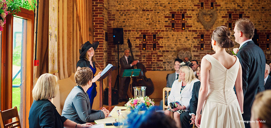 Wedding Speeches At The East Barn - Photography By Vicki
